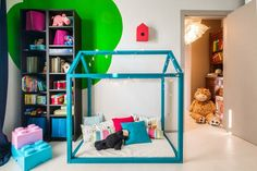 KIDS ROOM | NINE associati; Photo: Alessandro Zompanti | Archinect