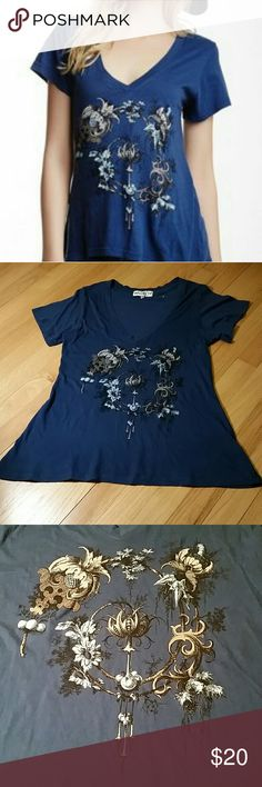 Wildfox Navy V-neck graphic tee NWOT  never worn, super soft, cool design Wildfox Tops