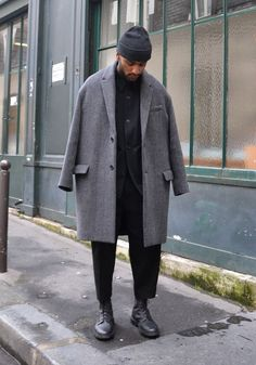 Oversized Gray Japanese Style Coat, Urban Street Style, Paris, Men's Fall Winter Fashion.