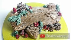 EXPAND THE BOX - - - super cute Christmas yule log / buche de noel cake tutorial. Learn how to pipe a chocolate buttercream tree log with mini toadstools, tr. Christmas Yule Log, Country Christmas Trees, Christmas 2019, Christmas Cake Topper, Christmas Cake Decorations, Christmas Cakes, Christmas Desserts, Christmas Treats, Tree Stump Cake