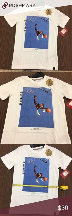 6f24948601f8a7 Air Jordan Signature Dunk Youth Shirt Boys Medium ITEM  Air Jordan Youth T  Shirt CONDITION