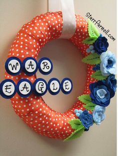 Second style of Auburn Wreath with the War Eagle phrase ~ This was actually how the team wreaths started, not with the logo but with the team phrase