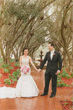 couple wedding photography ideas @weddingchicks