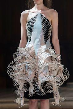 Iris van Herpen Haute Couture A/W 16