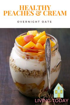 This healthy Peaches and Cream overnight oats recipe is the best overnight oats recipe out there! Make enough for a day or even a week in just 5 minutes!