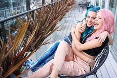 Insertado Sweet California, Sonia Gomez, Bff, Foto Pose, Lily Collins, Julia, Famous People, Hair Color, Poses