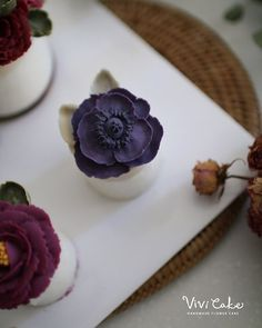 Rice Flower cake . . . www.vivi-cake.com . . #flowercake #korea