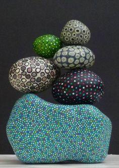 Balanced stones Más