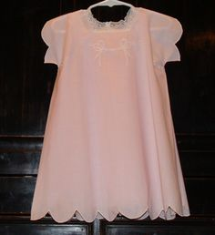 Pink batiste dress with scalloped edges lace and by AuntSchonie 95