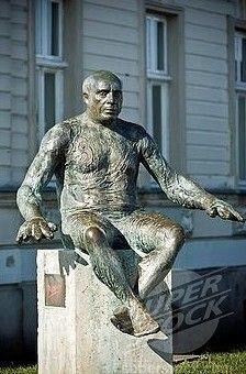 Monument to Pablo Picasso in Croatia, Osijek Pablo Picasso, Thousand Islands, Spanish Painters, My Town, Public Spaces, Bucharest, Trinidad, Sculpture Art, Countries