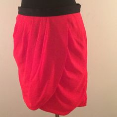 "Like New Banana Republic Red Skirt! Like New Banana Republic Red layered Skirt! Unique layering in detail in front, zipper back. 19"" from waist to hem. Worn once in excellent condition great with nude or black pantyhose and cute ankle booties. Banana Republic Skirts Mini"