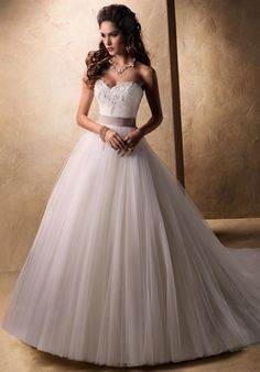 Tulle Wedding Luxury Dress Maggie