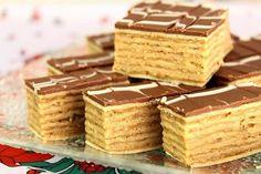 Karamel rozenka sa lešnicima — BrziKolaci.com Torte Recepti, Kolaci I Torte, Layered Desserts, Sweet Desserts, Posne Torte, Cake Recipes, Dessert Recipes, Serbian Recipes, Dessert Bars
