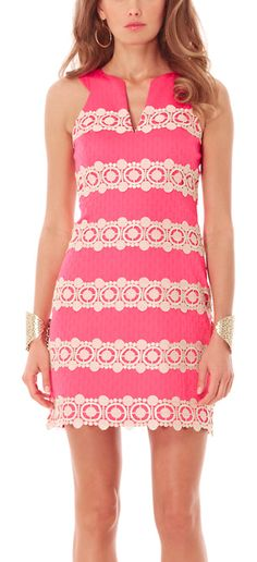 Pretty in pink! http://rstyle.me/n/fpxrun2bn