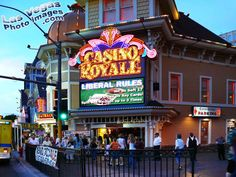 The_casino_royale_las_vegas.Jpg lucky tattoo, old vegas, las vegas Casino Night Party, Casino Theme Parties, Casino Royale, Las Vegas Images, Casino Movie, Casino Logo, Casino Table, Casino Cakes, Casino Outfit