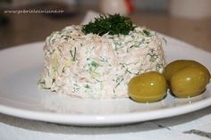 You will find here various recipes mainly traditional Romanian and Mediterranean, but also from all around the world. Sushi, 30 Minute Meals, Fish And Seafood, Fish Recipes, Pesto, Love Food, Potato Salad, Food And Drink, Healthy Eating
