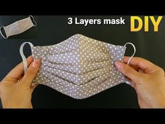 Breathable 3 Layers Easy Face Mask | DIY Cloths Medical Mask Tutorial | HANDMADE Filter Pocket Mask - YouTube Easy Face Masks, Diy Face Mask, Sewing Patterns Free, Sewing Tutorials, Colchas Quilting, Mouth Mask Fashion, Small Sewing Projects, Creation Couture, Diy Mask