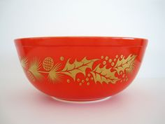 Vintage Pyrex Bowl Christmas Holiday Golden Leaf Mixing Nesting 404.
