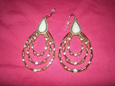 (http://www.pinksuedeboutique.com/diamant-earrings/)