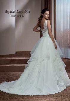 Menyasszonyi ruha Elizabeth Nardo Díva 182-42 hátsó nézet