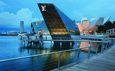 Louis Vuitton Island Maison at Marina Bay Sands, Singapore Marina Bay Sands, Sands Singapore, Best Flags, Destinations, Louis Vuitton Store, Welcome Aboard, Modern Architects, Great Hotel, Skyscraper