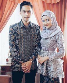 Love this gent-lady combo! Kebaya Modern Hijab, Model Kebaya Modern, Kebaya Hijab, Kebaya Brokat, Kebaya Muslim, Muslim Dress, Kebaya Peplum, Kebaya Lace, Batik Kebaya
