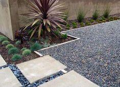Backyard landscaping with rocks gravel patio ideas Hinterhof Landschaftsbau mit Felsen Kies Terr