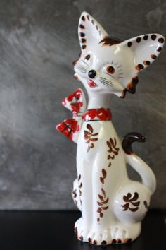 Vintage White and Red Cat Figurine by TheGlassLily on Etsy, $8.00