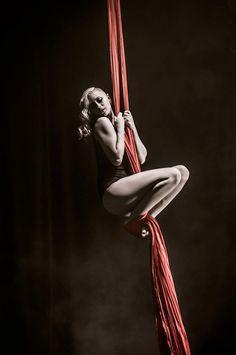 Vicky Aisha Blackthorn • Aerial Silks Photography - Tim Tam MUA - Eevie...