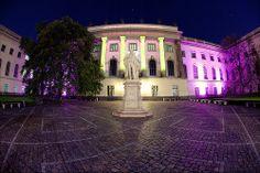 Humboldt Universitaet /// Humboldt University @ Berlin FESTIVAL OF LIGHTS 2011 (c) Festival of Lights / Matthias Makarinus #Berlin #FestivalofLights #HumboldtUniversitaet #HumboldtUniversity