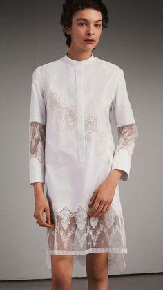 Платье-рубашка с отделкой из кружева Белый | Burberry