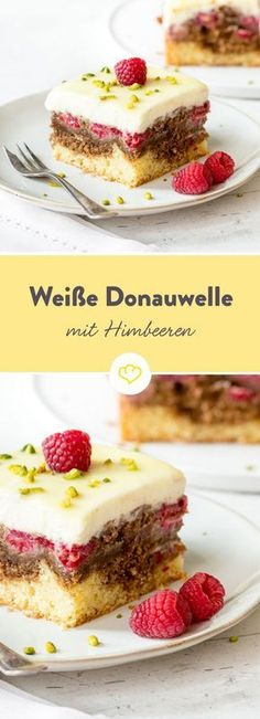Weiße statt dunkler Kuvertüre, Mascarpone statt Pudding und Himbeeren statt Ki… White instead of dark couverture, mascarpone instead of pudding and raspberries instead of cherries: this is how the classic Danube wave gets really summery. Cheesecake Recipes, Cupcake Recipes, Baking Recipes, Dessert Recipes, Dessert Blog, Cupcakes, Chocolate Coating, Sweet Bread, Cakes And More