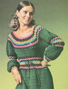 Rick rack-like crochet dress Knitting Books, Vintage Knitting, Vintage Crochet, Vintage Sewing, 70s Outfits, Hippie Outfits, 60s And 70s Fashion, Fashion Moda, Knitwear Fashion
