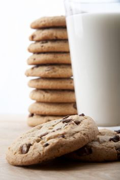 """{Cookies + Milk} Better together combos from Bissel. Check out contest details: http://pinterest.com/bissellclean/better-together/ ...  #sponsored *BTW, I am so making these """"Chewy Chocolate Chunk Cookies"""" for my ladies on the first day of school: http://sallysbakingaddiction.com/2013/05/13/chewy-chocolate-chunk-cookies/"""