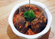 comfortable food - albondigas - traditional Spanish meatballs