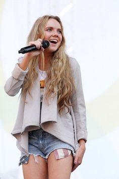 Danielle Bradbery CMA Fest 2014