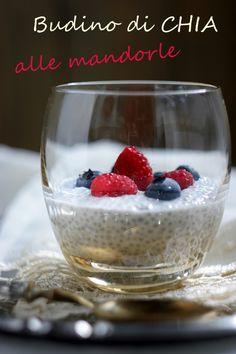 Cucinando e assaggiando...: Budino al latte di mandorle con semi di chia