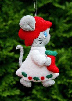 Fans of Carolyn DeAngelis Felt Ornaments: mouse