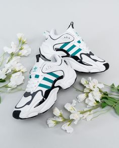 All day comfort! Air Max Sneakers, Sneakers Nike, Flats, Huaraches, Nike Huarache, Outfit, Nike Air Max, Trainers, Fashion Shoes