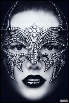 Would make a beautiful Halloween Mask. a-t-n: Photography by Yan Mcline. Beautiful Mask, Beautiful Life, Carnival Masks, Carnival Dress, Venetian Masks, Venetian Masquerade, Masquerade Party, Masquerade Masks, Face Art