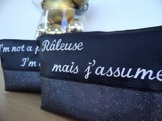 Trousse brodée message  Embrodery quote