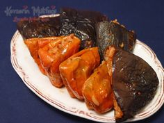 Dried Eggplant and Pepper Dolma Turkish Recipes, Italian Recipes, Ethnic Recipes, Turkish Sweets, Fish And Meat, Fresh Fruits And Vegetables, Pot Roast, Bon Appetit, Breakfast Recipes