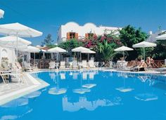 Hotel Matina is probably the most beautiful hotel in Fira ✓ Beach ✓ Bio ✓ Apartment ▻ Price Comparison > Save up to Greece Vacation, Greece Travel, Mykonos, Santorini, Beautiful Hotels, Beach Hotels, Greek Islands, Wonders Of The World, Fira Greece