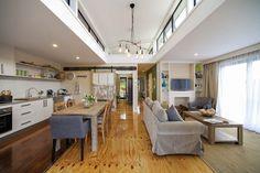 Coastal Pods - Starboard Pod kitchen living