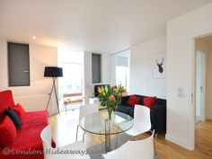 Drawing room Furnished Apartments, West End, Drawing Room, One Bedroom, Skyline, King, Flooring, Modern, Table