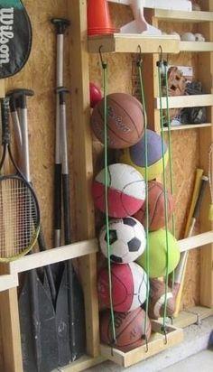 Ballen slim opbergen in de schuur of garage.