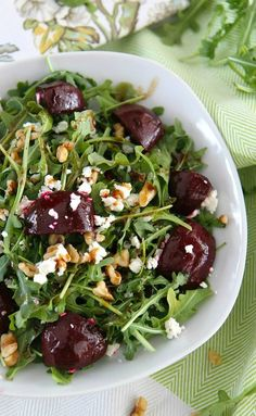 Balsamic Beet Salad with Arugula, Goat Cheese, and Walnuts