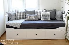Boho Deco Chic: Charming Divan Hemnes, which idea do you prefer?Divan Hemnes with charm, which idea do you prefer? Build A Murphy Bed, Murphy Bed Ikea, Murphy Bed Plans, Guest Bedroom Decor, Guest Room Office, Guest Bedrooms, Day Bed Decor, Ikea Daybed, Daybed Room