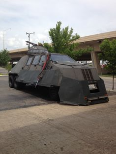 Storm Chasers The Big Storm Picture The Storm Chaser Batmobile - Storm chaser gets struck lightning films