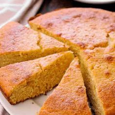 The Best Cornbread Recipe is a classic favorite the whole family will love! The moist cornbread with honey, butter and milk. You can easily make this buttery yellow cornbread today in your cast iron pan, which guarantees crunchy edges! Crunchy Cornbread Recipe, Moist Cornbread, Buttermilk Cornbread, Sweet Cornbread, Cornbread Recipes, Cornbread Recipe With Milk, Milk Recipes, Top Recipes, Cooking Recipes